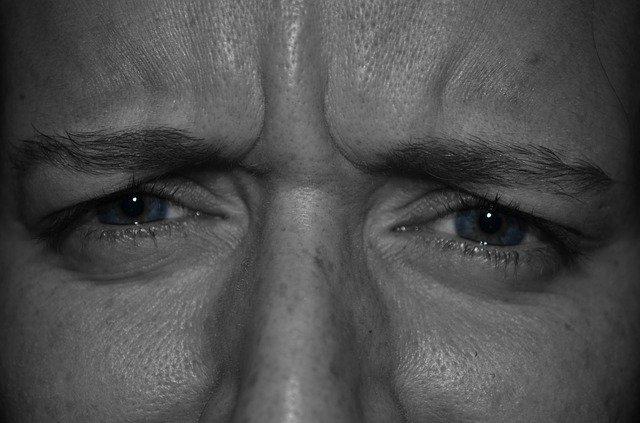 איך תדעו שיש לכם עין עצלה