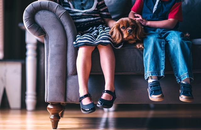 נעליים מיוחדות לילדות